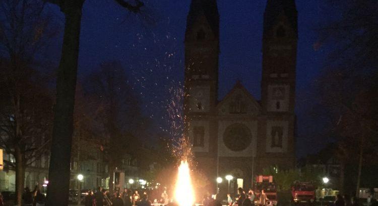 Martinsfeuer auf dem Wilhlemsplatz